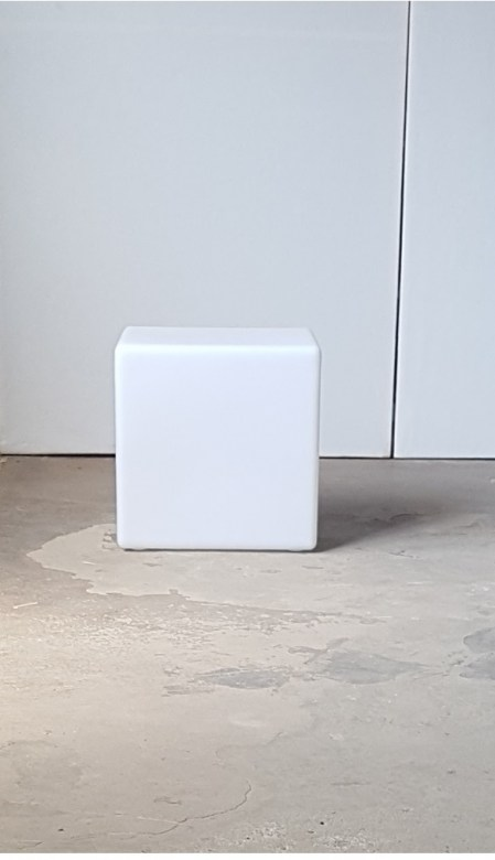 POUF WHITE ONE